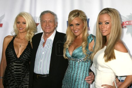 Holly Madison Hugh Hefner Biridgeg