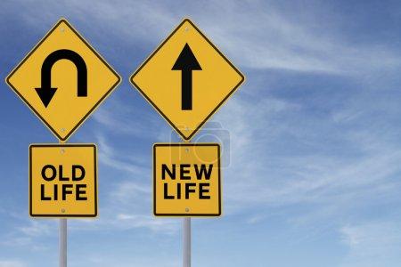 Photo pour Signalisation routière conceptuel tout changement, espoir ou choix - image libre de droit