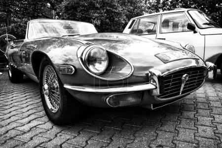 Sport car Jaguar E-Type 4,2
