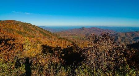 Photo pour Montagnes des Appalaches du mont Mitchell, le point culminant de l'est des États-Unis - image libre de droit