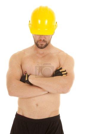 Photo pour Un ouvrier de la construction avec son casque et des gants sans chemise . - image libre de droit
