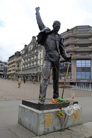 Памятник Фредди Меркьюри на набережной