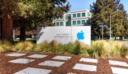 Foto de Sede de Apple en silicon valley. Apple diseña, desarrolla y comercializa productos electrónicos, informáticos y ordenadores personales. - Imagen libre de derechos