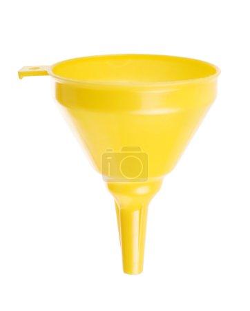 Foto de Embudo de plástico amarillo aislado en blanco - Imagen libre de derechos
