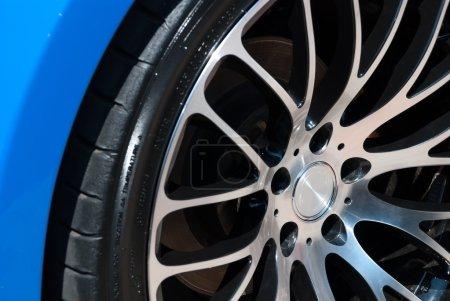 car rim and wheel