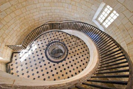 Photo pour Escalier de luxe phare du cordouan roi, gironde, france - image libre de droit