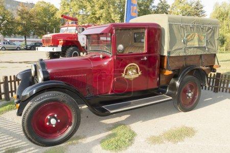 Photo pour Pick-up dodge ute 1926 de la libération, detroit, usa lors d'une exposition en l'honneur d'une journée de ville-sur-Don - image libre de droit