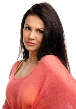 Photo pour Portrait d'une fille brune sexy magnifique sourire. - image libre de droit