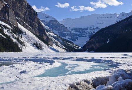 Photo pour Montagnes Rocheuses, Lac Louise en hiver. Alberta, Canada - image libre de droit