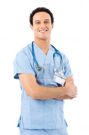 Photo pour Portrait de docteur masculin confiant regardant la caméra isolée sur fond blanc - image libre de droit