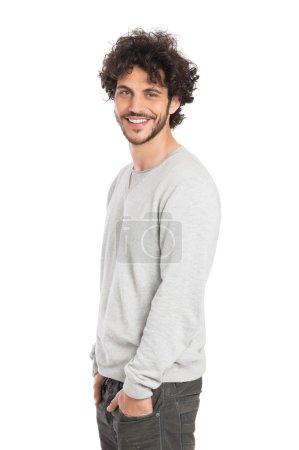 Photo pour Portrait de bel homme heureux isolé sur fond blanc - image libre de droit