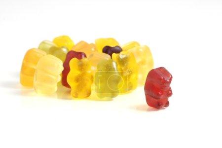 Photo pour Gummy Bear histoire série : Osez sortir de la foule - image libre de droit