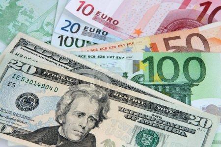 US Dollar versus Euro