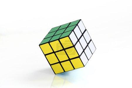 Photo pour Cube, sur fond blanc - image libre de droit