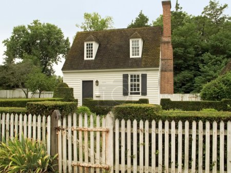 An historic small home in Colonial Williamsburg, V...