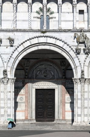 The main entrance to the San Martino Cathedral in Lucca