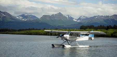 Seaplane Taxis into Lake Hood Ted Stevens National Airport Anchorage