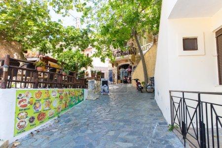 Photo pour Petit village cretan en Crète, Grèce. Voir d'autres photos de Crète - image libre de droit