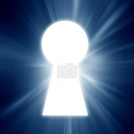 Photo pour Trou de serrure sur un fond bleu doux - image libre de droit