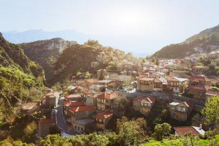 Photo pour Vue panoramique du village grec traditionnel Stemnitsa, Péloponnèse, Grèce - image libre de droit