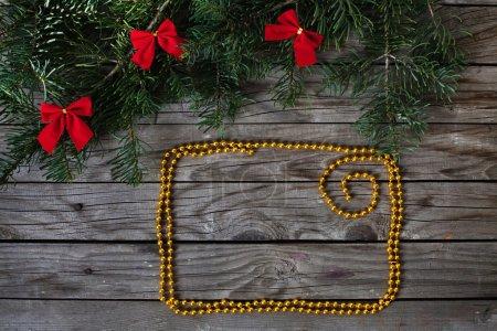 Photo pour Cadre doré pour les salutations de Noël - image libre de droit