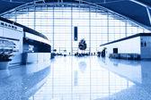 Interiér moderní architektury v Šanghaji letiště