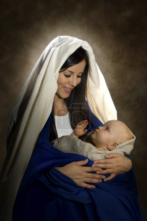 Photo pour Portrait vertical de Marie et l'enfant Jésus - image libre de droit