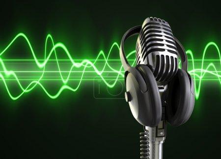 Audio Waves & Microphone