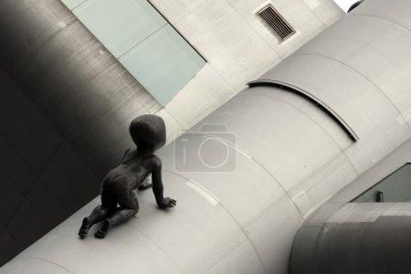 Statue boy