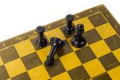 Šachy na bílém pozadí