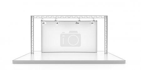 Foto de Escenario vacío con lightspots aislado sobre fondo blanco - Imagen libre de derechos