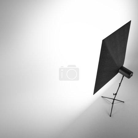 Photo pour Studio photo vide isolé sur fond blanc - image libre de droit