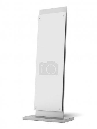 Photo pour Bannière vierge stand isolé sur un fond blanc. 3d rendu - image libre de droit