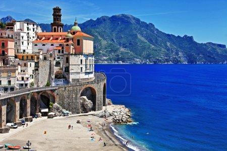 Photo pour Superbe côte amalfitaine - Atrani. Italie - image libre de droit