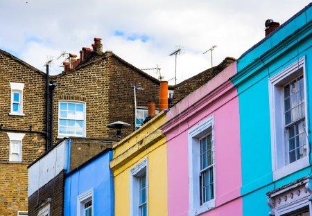 Photo pour Notting maisons de colline à portobello marché de la route - image libre de droit
