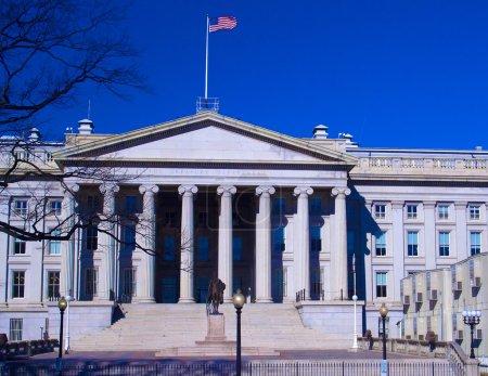 U.S. Treasury building and monument of Alexander Hamilton, Washington DC, USA