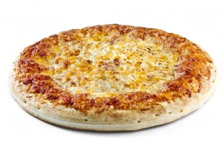 Photo pour Image de pizza au fromage isolé sur fond blanc - image libre de droit