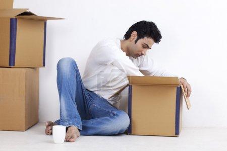 mann bewegung in neu eigenheim