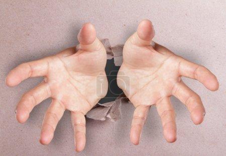 mains ouvertes brisant texturé