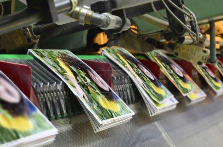 Brochure and magazine stitching process