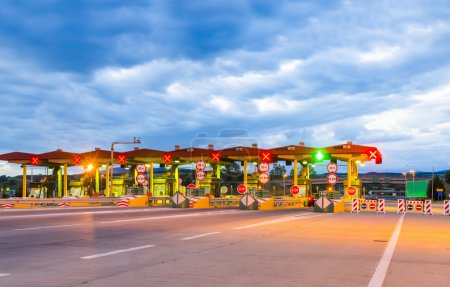 Toll booth station