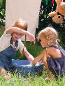 Dívky jsou mytí hračky