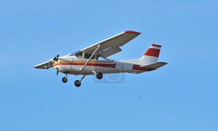 Photo pour La plus populaire avion léger jamais construite avec les aile supérieur et unique propellar - image libre de droit