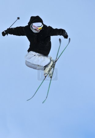 Skiing freestyle
