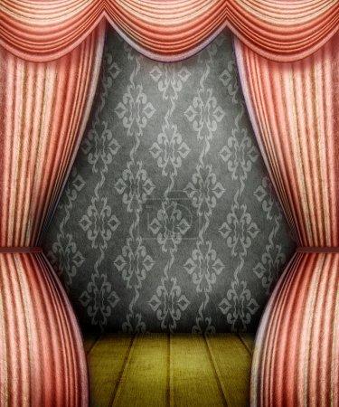 Photo pour Chambre de style ancien avec rideaux rouges - image libre de droit