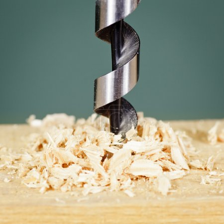 Drilling in wood