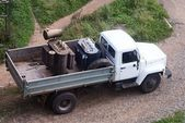 Nákladní auto s nákladem