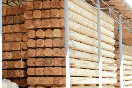 Warehousing cylindrical logs
