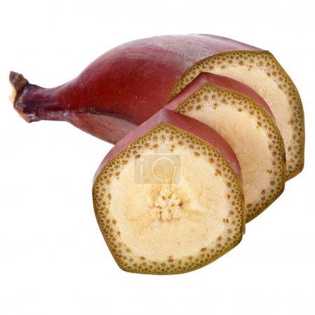 Photo pour Bananes rouges tranches fermer macro sur fond blanc - image libre de droit