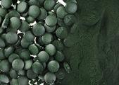 Spirulina prášek a tablety řasy